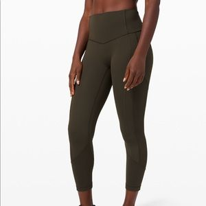 NWT Lululemon All The Right Places Crop II SIZE 6
